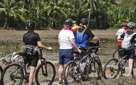 Fundraising cycle from Vietnam to Cambodia